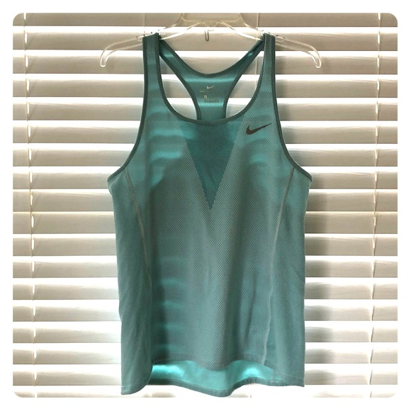 Nike light blue Dri-fit workout medium tank top